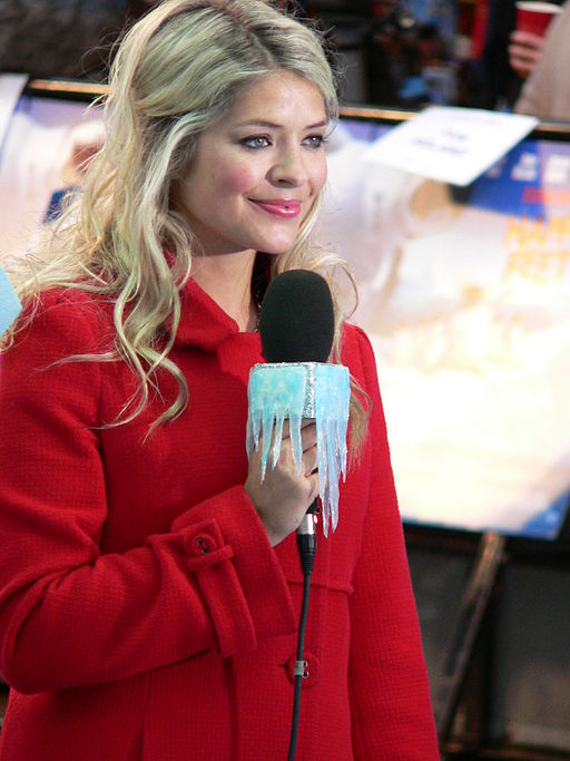Holly_Willoughby