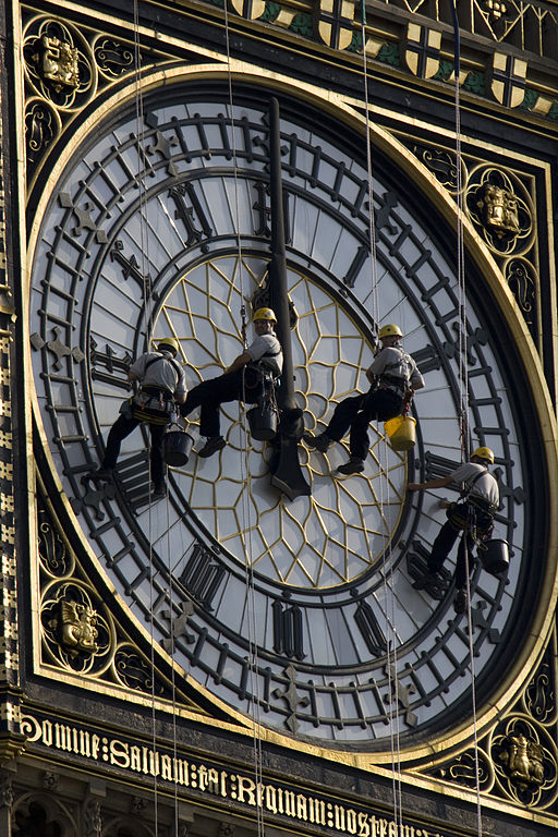 Cleaning_Big_Ben