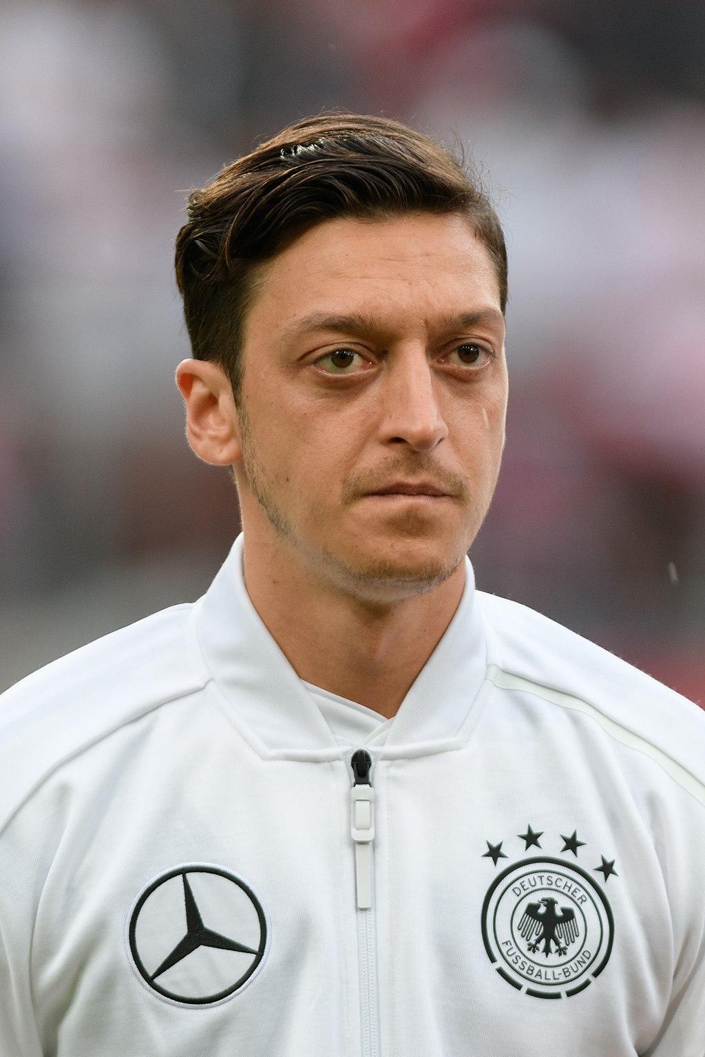 Mesut_Özil